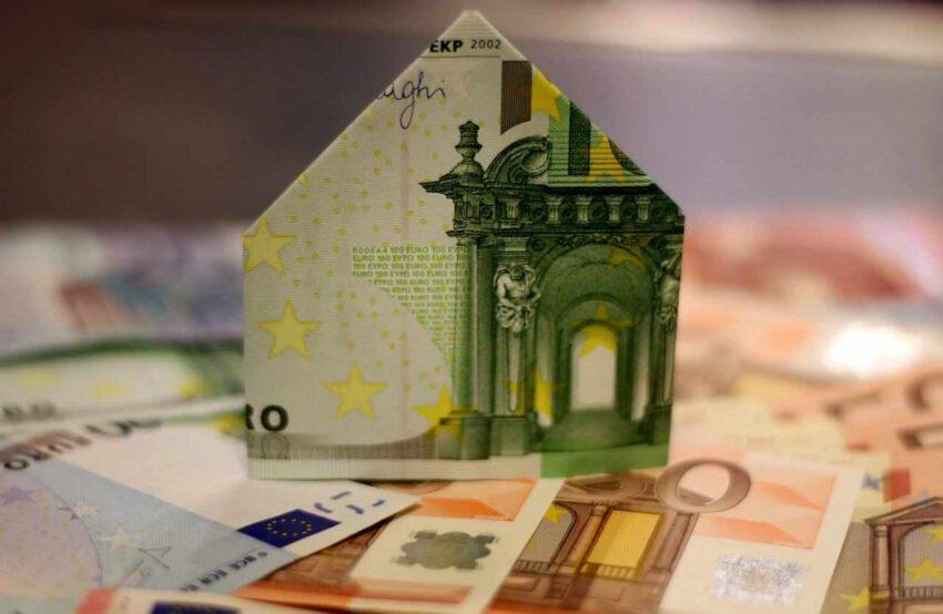 Crédits immobiliers et opérations de rachats de crédits